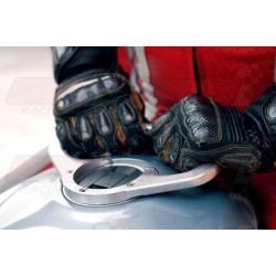 Poignée de réservoir A-SIDER 6 vis couleur argent pour Triumph et MV Agusta